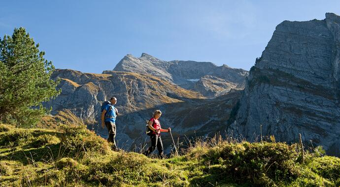 autumn hike in the Zillertal